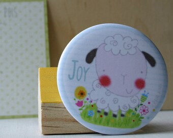 Illustrated magnet, sheep drawing, round fridge magnet, magnetic decoration, gift, little thought, decoration kitchen rooms