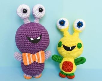 AMIGURUMI PATTERN :  Amigurumi monster pattern . Crochet doll pattern . Crochet toddler toys . LaCigogne design
