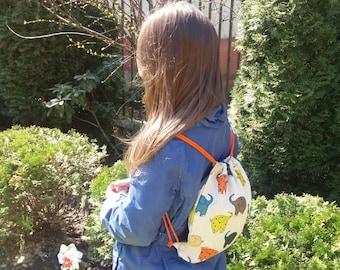 Kids linen mini backpack - elephants drawstring bag - natural linen bag - Eco friendly lunch bag - Toys bag - kids little rucksack