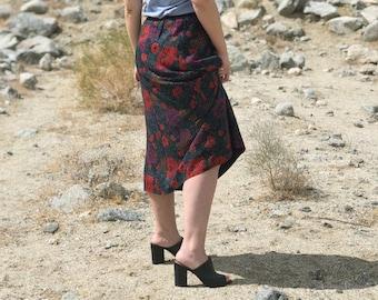 SALE Vintage 80's Midi Skirt in Winter Floral