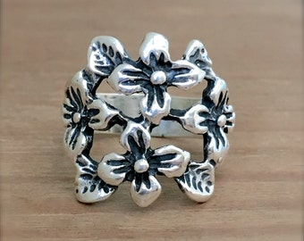 Silver Flower Ring, Flower Ring, Sterling Silver Flower Ring, 925 Silver Ring, Sterling Silver Ring, Boho Silver Rings, Gardener Jewelry