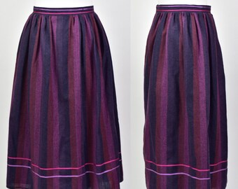 Vintage Italian dark purple merino wool blend knitted midi skirt High waist Italian skirt Knit warm midi skirt Fitted purple midi skirt S