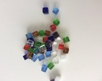 10 square Pearl multicolor size 6x6mm