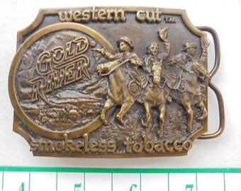 1982 GOLD RIVER smokeless tobacco western cut brass belt buckle