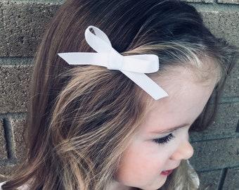 White Satin Bow Headband, White Bow Headband, Baptism Headband, Flower Girl Headband, White Bow, Baptism Hair Bow, Flower Girl Bow, Hair Bow