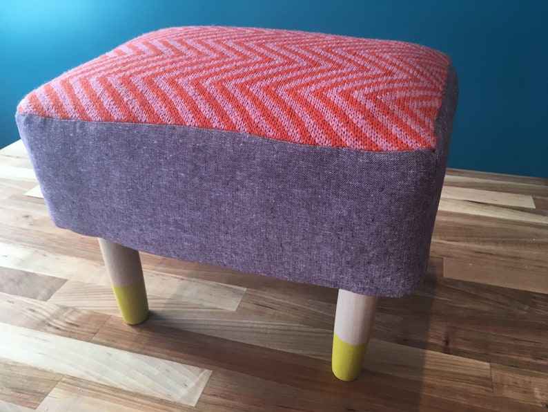 Knit chevron footstool in pink orange /& purple