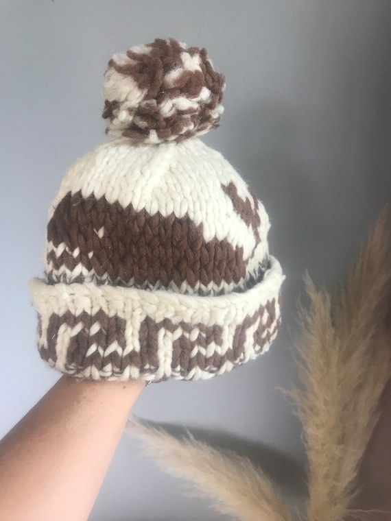 fe0b94e8604 Amazing hand made Indian hat with Pom Pom cream and brown