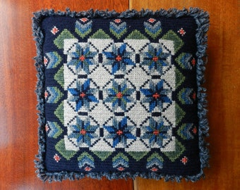 Vintage handmade embroidered wool decorative cushion / small hand-embroidered Swedish folk art pillow with stars and fringes / Nordic home