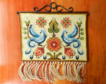 Handmade embroidered wool wall hanging birds flowers / vintage Swedish folk art tapestry with hanger / Scandinavian twist stitch embroidery