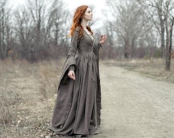 Medieval dress  82cc6f311254
