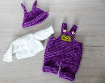 """Häkelanleitung Latzhose """"Lilly"""" für Puppen von 30-48 cm, lila Hose häkeln, Knotenzeug, Hose häkeln, Babypuppe Kleidung häkeln"""
