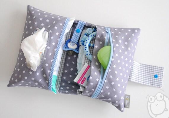 Wickeltasche mit Namen bestickt Windeletui Baby Tasche Wickeln Sterne Geschenk