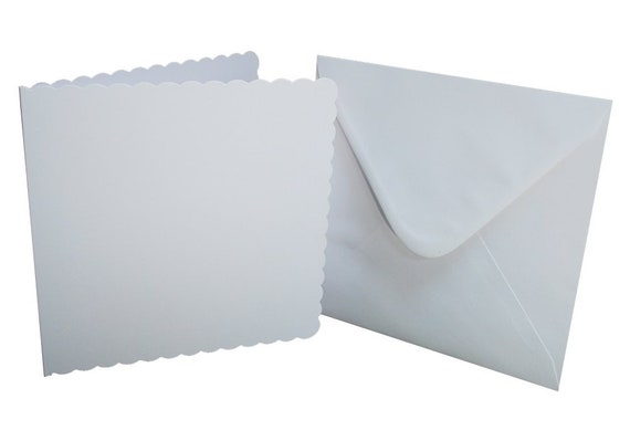 10 x A6 Cream Scalloped Card Blanks With White Envelopes