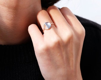 half circle ring, open circle ring, silver circle ring, minimalist ring, geometric ring, eternity ring, minimalist jewelry, modern ring