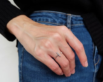 open bar ring, silver bar ring, minimalist ring, geometric ring, adjustable ring, modern ring, simple ring, everyday ring, minimal jewelry