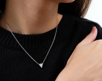 cz triangle necklace, geometric necklace, dainty necklace, geometric jewelry, everyday necklace, triangle jewelry, triangle pendant