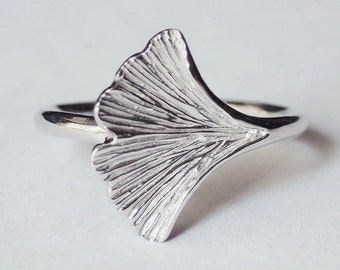 ginkgo ring, handmade ring, silver ginkgo ring, leaf ring, wrap ring, silver ginkgo ring, ginkgo jewelry, flower ring, nature ring, ginkgo
