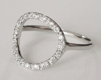 cz open circle ring, open circle ring, silver circle ring, minimalist ring, geometric ring, eternity ring, minimalist jewelry, modern ring