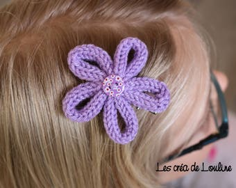 Knitted purple flower hair clip