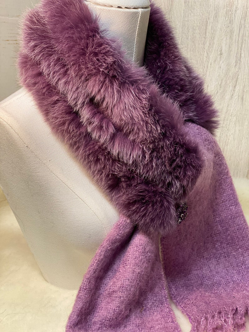 Mohair collar scarf and real grape-colored fox fur The accessory that changes everything! unique creation