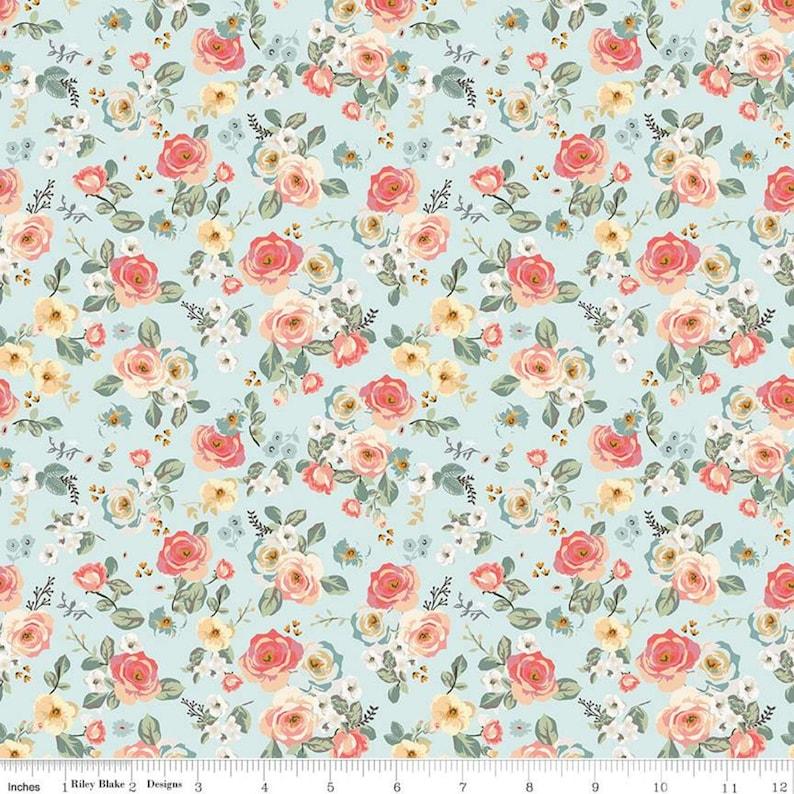 s Riley Blake 100/% cotton fabric Sold by the yard Gingham Gardens Floral Aqua C10351 AQUA