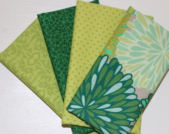 4 Fat Quarters - Shades of green - cotton fabric