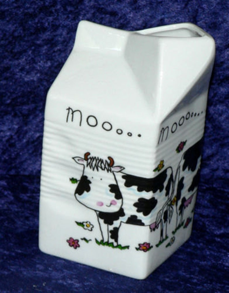 2 sizes 3 designs Milk carton shaped jug off white ceramic decorated with cows