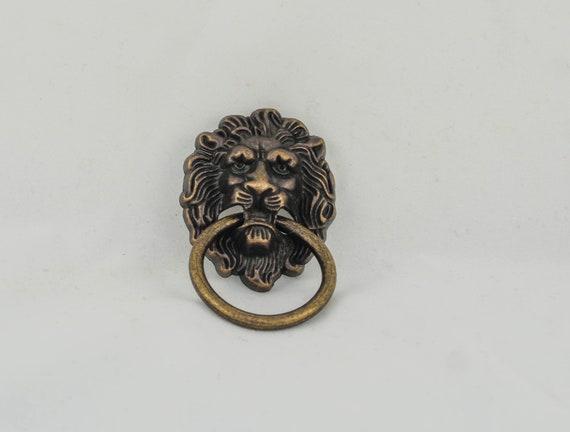 Retro Lion Draw Pull , Antique Brass