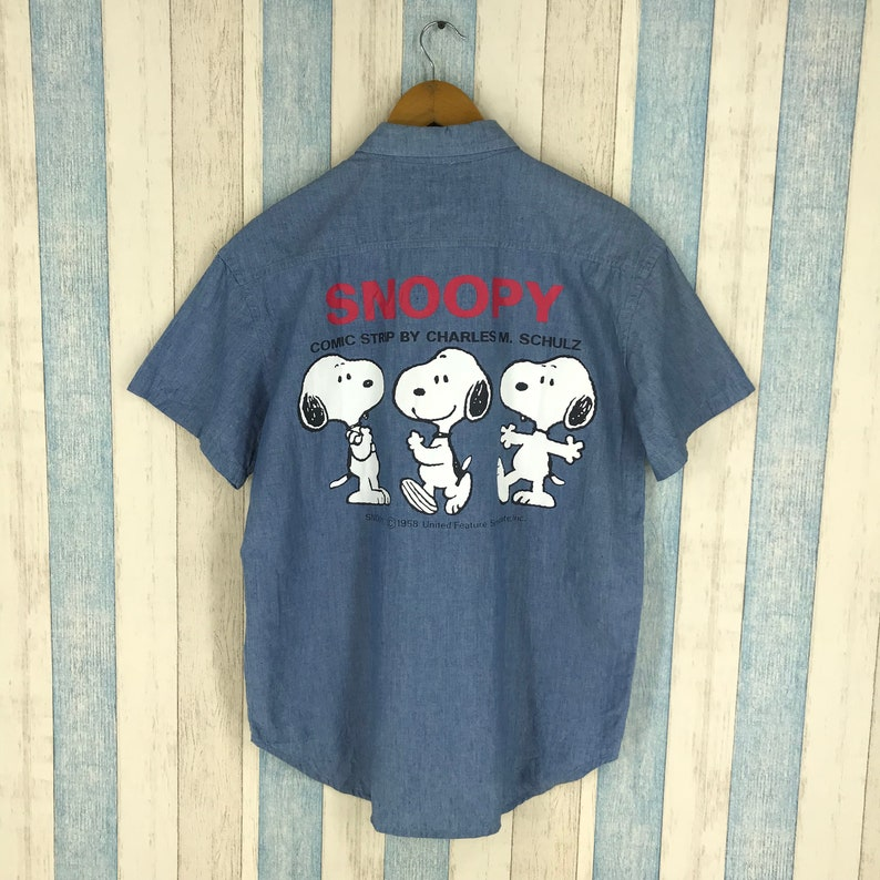 SNOOPY Denim Shirt Small Vintage 90 s Snoopy Peanuts Woodstock Western  Shirt Charlie Brown Buttondown Blue Denim Comic Strip Shirt Size S 7f6183b87753