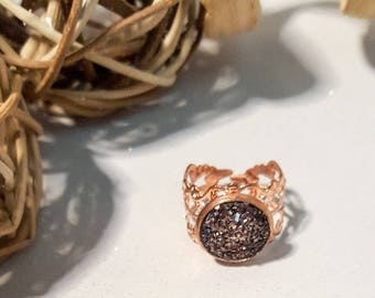 Rose gold adjustable ring,sparkly,glitter,glitz,shiny,12mm faux druzy stone,stylish cut out pattern ring