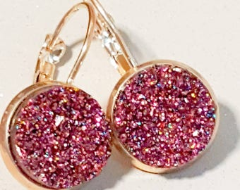 Dark pink earings, rose gold dangly earings, sparkly cerise, faux druzy, nickel free,rose gold dangly, glitter, faux druzy,druzy earrings,