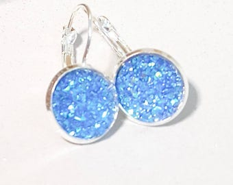silver lever arch,silver earrings, sparkle blue, faux druzy, nickel free,silver dangly, sparkly glitter, faux druzy,druzy earrings,