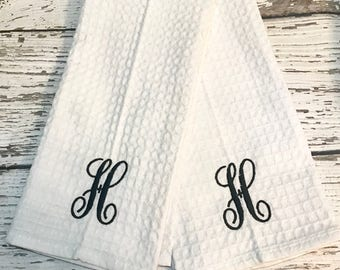 Monogrammed Kitchen Towels // Personalized Kitchen Towel Set // Monogrammed  Towels