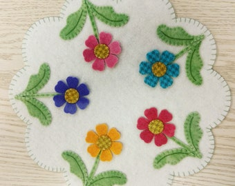 Wool Flower Mat KIT with hand-dyed flowers