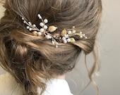 Simple pearl hair pins Bridal hair pins Wedding mini hairpin Set of 2 harpins