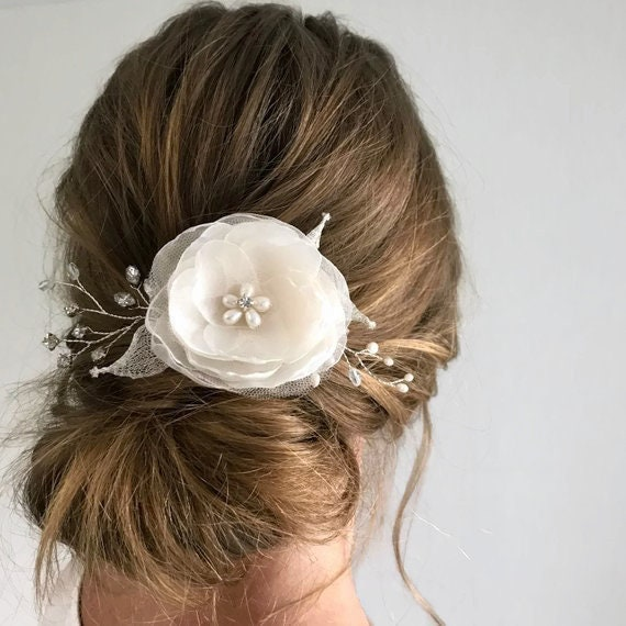 White Flower Hair Clip Wedding Bridal Pearl Piece Silver Etsy
