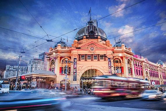 Melbourne Tram Melbourne Landmark Art Print