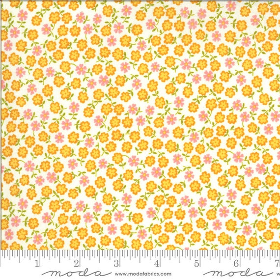 A Blooming Bunch Multi, 40047 11 Moda, by Maureen McCormick, for Moda Fabrics, sold by the 1/2 yard or the yard