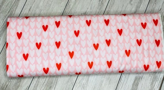 Squeeze-Hearts | Figo | Hearts | 100% cotton | 90299-21 | quilting cotton | Dana Willard | Pink | sold by the 1/2 yard or the yard