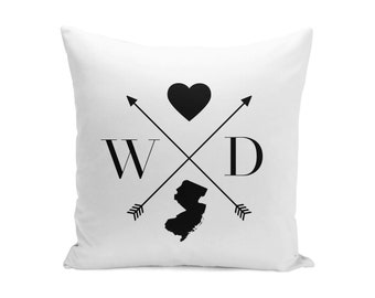 Monogrammed State Pillow Cover, Custom State Pillow Cover, Initial Pillow Cover, Couples Pillow, Housewarming Gift,  Wedding Pillow,