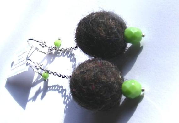 Boucles d'oreilles boules de laine