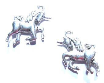 25 mm silver unicorn charm x 1