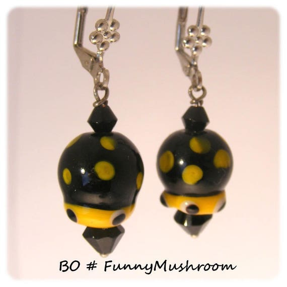 Kind of Designer [FunnyMushroom] Black - Yellow earrings