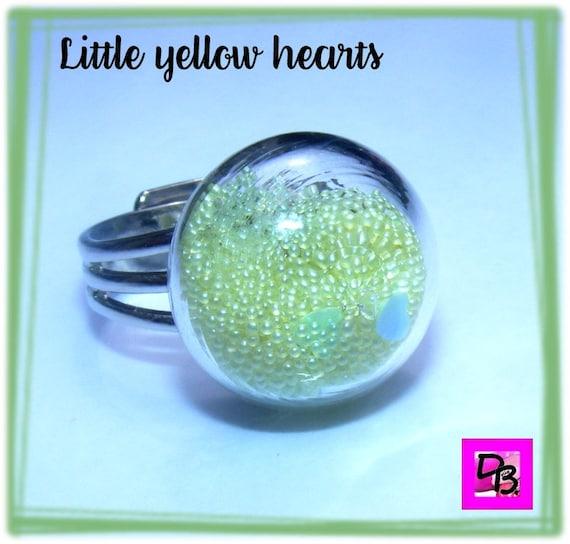 Bague globe [Little yellow hearts]