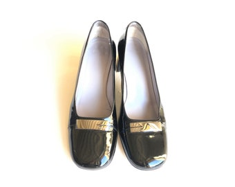 31d50c52310 GUCCI black patent leather pumps round toes - Vintage - shoes size 39