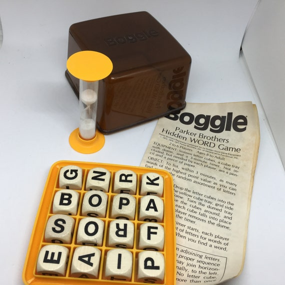 Boggle Parker Brothers Hidden Word Game Sixteen Letter Etsy