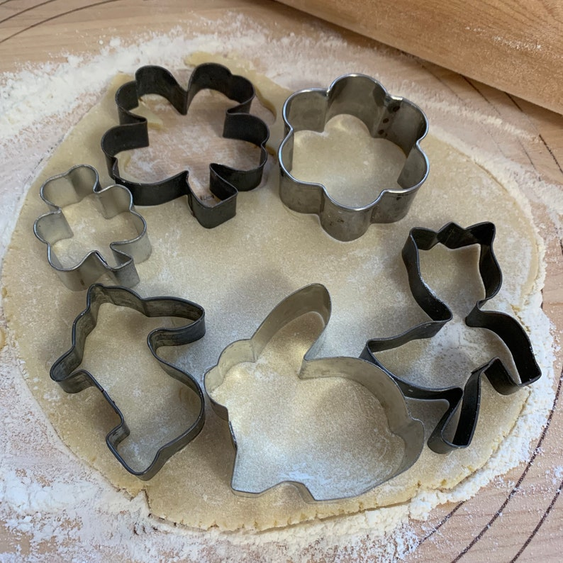Metal Spring Themed Cookie Cutters Shamrock Clover Rabbit image 0