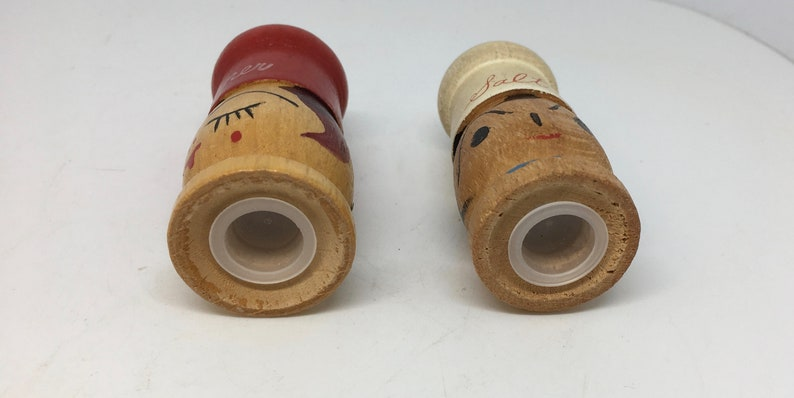 Wooden Chef Salt and Pepper Shakers from NC Japan White and Red topped S /& P Shakers