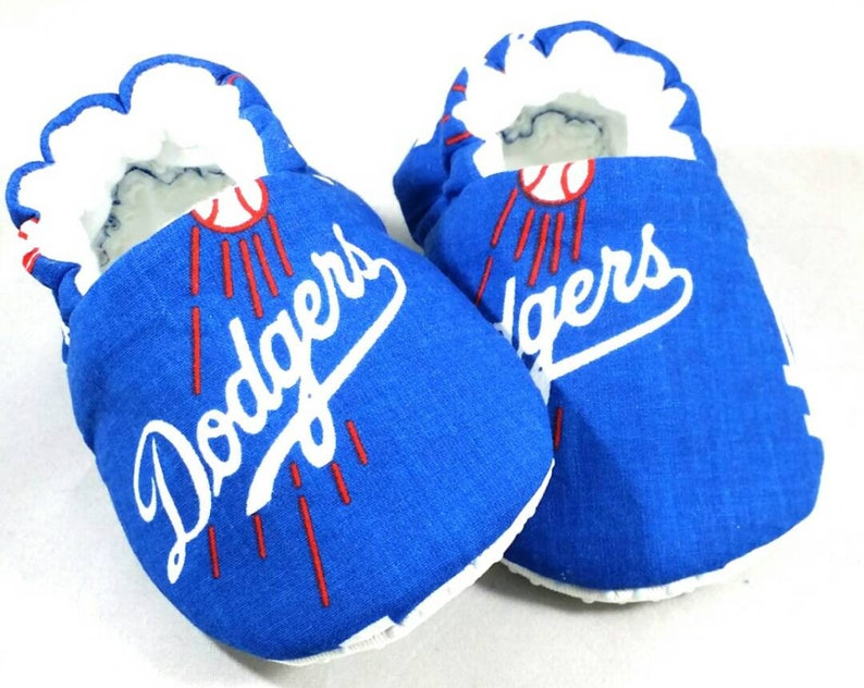9fd21ab72453d MLB Team Baby Booties: Baby shoes / Gender Neutral / baby boy / baby girl /  newborn / baby shower /MLB Team / toddler shoes / gift