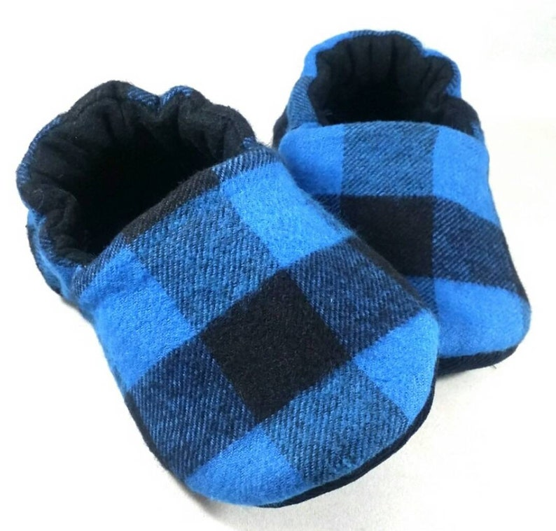 16624eb7adab0 Buffalo Plaid (Blue) Baby Booties: Baby shoes / Gender Neutral / baby boy /  baby girl / newborn / toddler gift / baby slippers / crib shoes